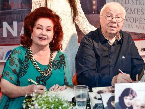 """Alexandru Arsinel, criticat dupa ce a inlocuit-o pe Stela Popescu! """"Teatrul de Revista merge inainte.Teoretic se duce in Spania. Practic se duce dracu"""" Cine a postat mesajul"""