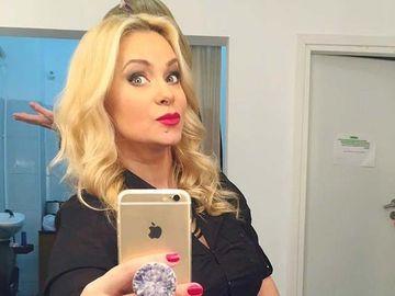 Paula Chirilă, prima apariţie după ce a recunoscut că a divorţat! Cum arată prezentatoarea TV