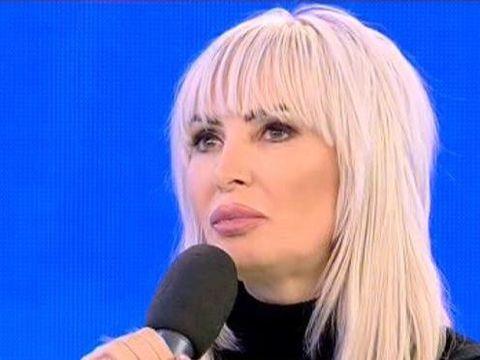 """Daniela Gyorfi, hartuita sexual de un barbat cunoscut in showbiz! """"A vrut sa se culce cu mine pentru niste..."""""""