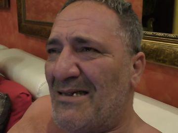 Nelson Mondialu' s-a despartit de sotie si a plecat de acasa! Interlopul e in lacrimi VIDEO