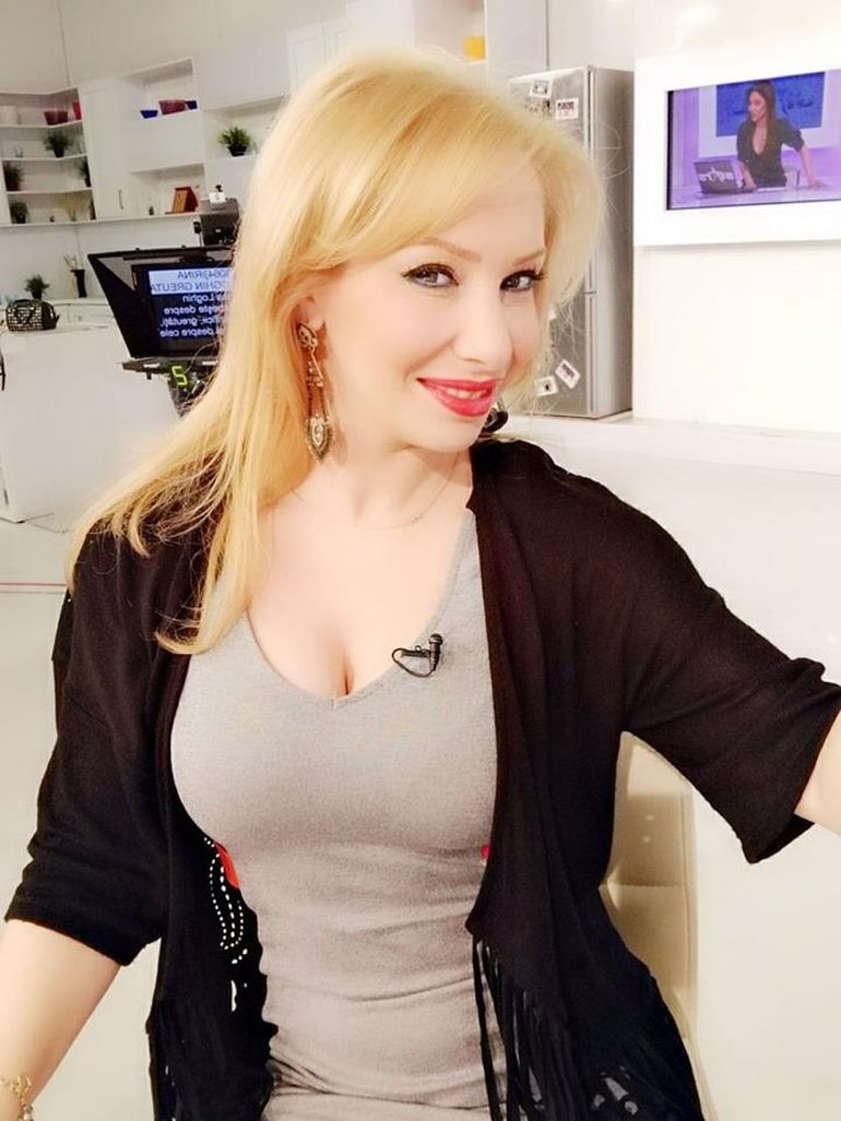 Prezentatoarea tv Silvia Stanciu si-a innebunit fanii cu aparitiile ei! FOTO