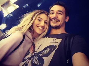 """Lidia Buble se intelege foarte bine cu parintii lui Razvan Simion, dar prezentatorul TV inca nu i-a cunoscut pe """"socrii"""" lui: """"E o chestiune mai dificila"""""""