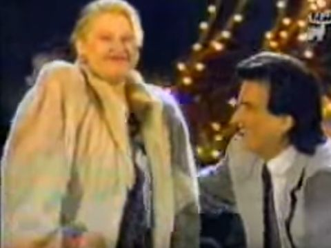 Totusi, cati ani avea Israela? Imagini fabuloase cu aceasta pe scena cu Toto Cutugno, in 1993!