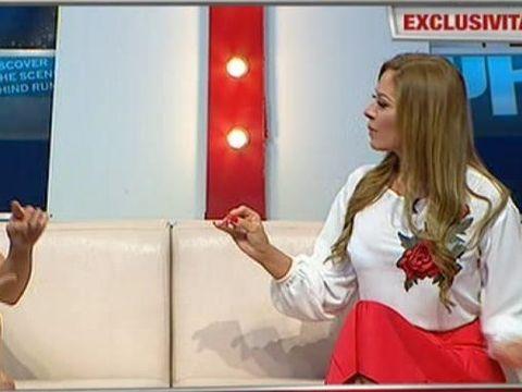 Alina de la Razboinici a arat in direct mesajele schimbate cu Anca, fosta sa colega, inainte de a intra in competitie! Cine minte? Iata ce isi spuneau cele doua