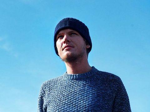 DJ-ul suedez Avici, gasit mort la 28 de ani, suferea de pancreatita. Care sunt simptomele acestei boli