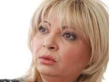 """Cainele actritei Nuami Dinescu a murit dupa ce s-a chinuit trei saptamani. """"Cineva a pus antigel in carne"""""""