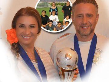 Anamaria Prodan a devenit campioana la fotbal in America! Ea este manager al Academiei Reghecampf, care a castigat un turneu important la Las Vegas!