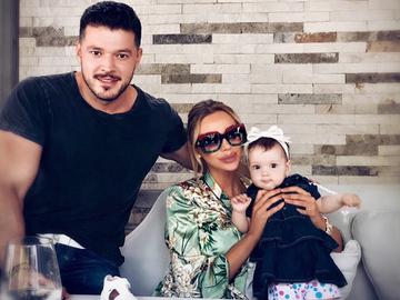 Bianca Dragusanu si Victor Slav s-au despartit! Ce se intampla cu fetita celor doi prezentatori Kanal D