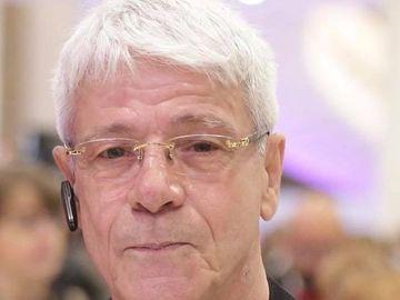 "Gheorghe Visu implineste astazi 67 de ani si i-a facut o urare ""desenata"" unei colege de breasla: ""Si azi e ziua ei!"""