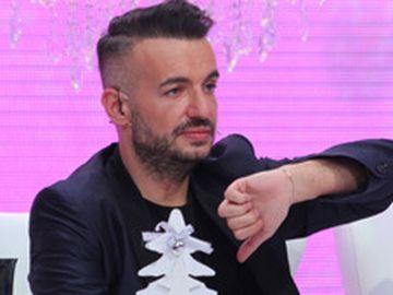 """Razvan Ciobanu a postat poze cu el lovit si cu ochiul vanat! """"Oricat de dificil ne-ar fi, ne ridicam, ne scuturam de praf, zambim si mergem mai departe"""""""