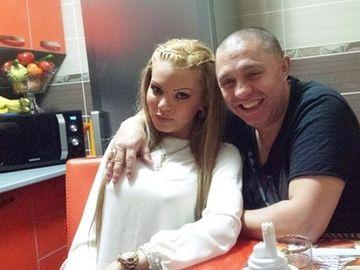 """""""Beyonce de Romania"""" si Anais, fata lui Guta, au pozat in tinute de epoca! FOTO"""