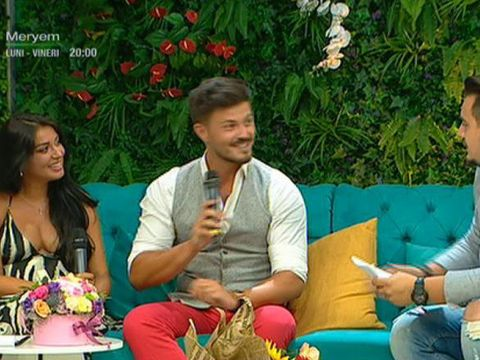 Elena Ionescu mai are o saptamana si naste! Prima aparitie la TV a cantaretei cu sotul ei!