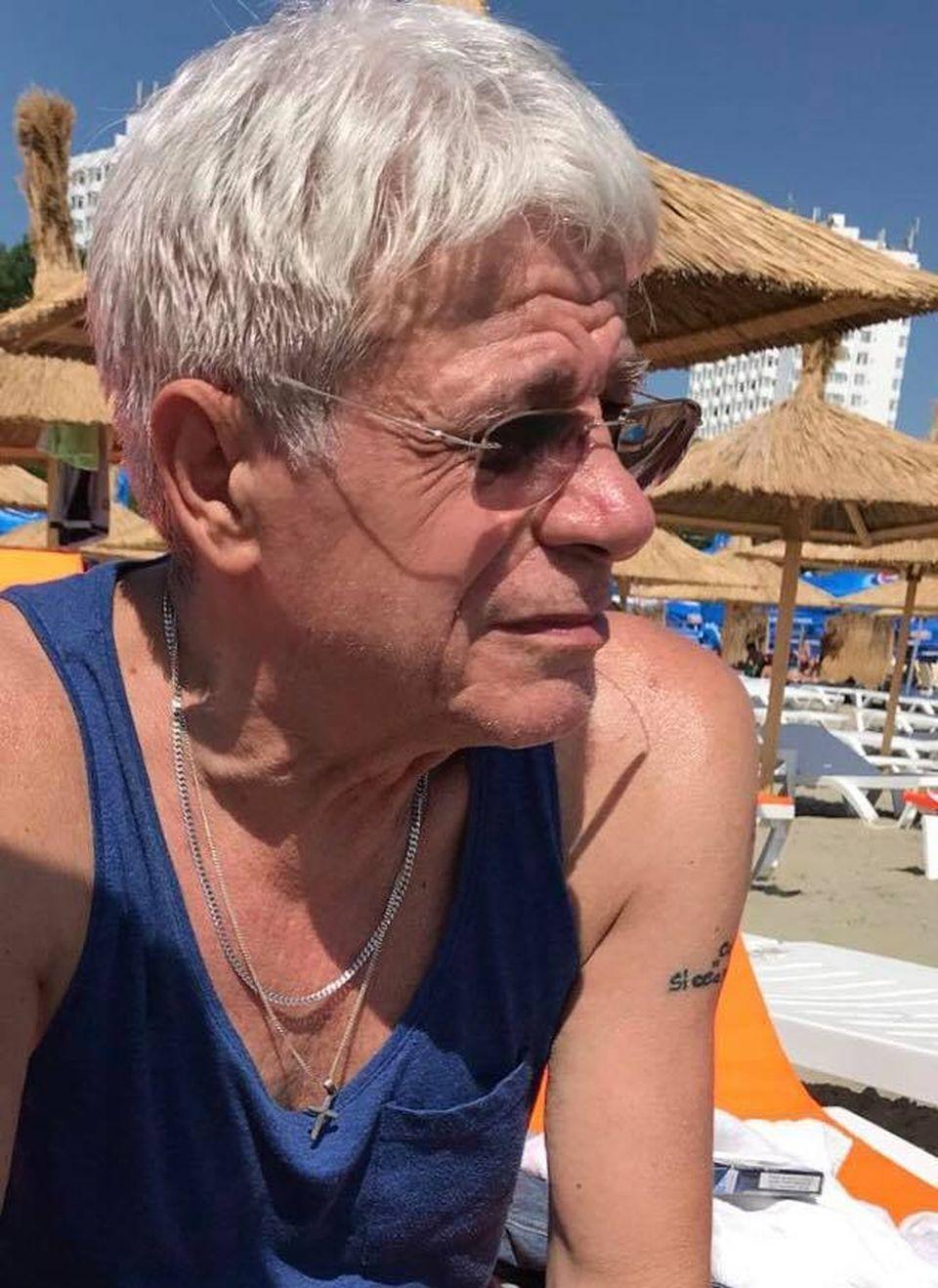 Uite cum arata Gheorghe Visu la plaja, pe litoral! Marele actor a implinit 67 de ani FOTO