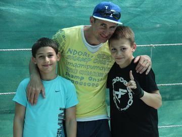 Giuliano Stroe si fratele lui, Claudio, s-au apucat de box! FOTO