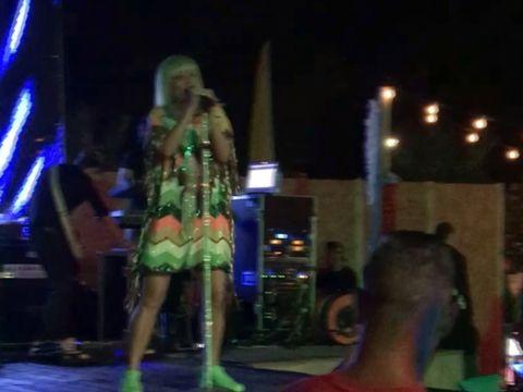 Delia, concert de senzatie pe litoral. Uite ce tinuta a purtat artista momentului. VIDEO EXCLUSIV!