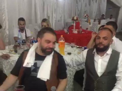 Asta chiar e culmea! Florin Salam i-a facut sa planga… pe banii lor! VIDEO