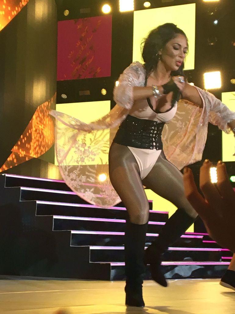 Am filmat-o pe Nicole Scherzinger centimetru cu centimetru. Uite cat poate fi de sexy solista VIDEO