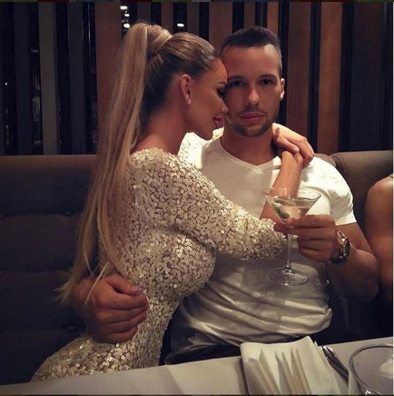 "Declaratia soc a lui Catalin Botezatu! De ce s-a cuplat cu adevarat Bianca Dragusanu cu Tate in timp ce era cu Slav? ""Nu poti sa o inchizi intr-o cusca"" VIDEO EXCLUSIV"