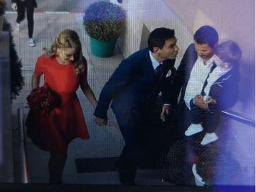 Primele imagini de la cununia civila a lui Cristi Borcea cu Pelinel! Valentina poarta o rochie rosie!