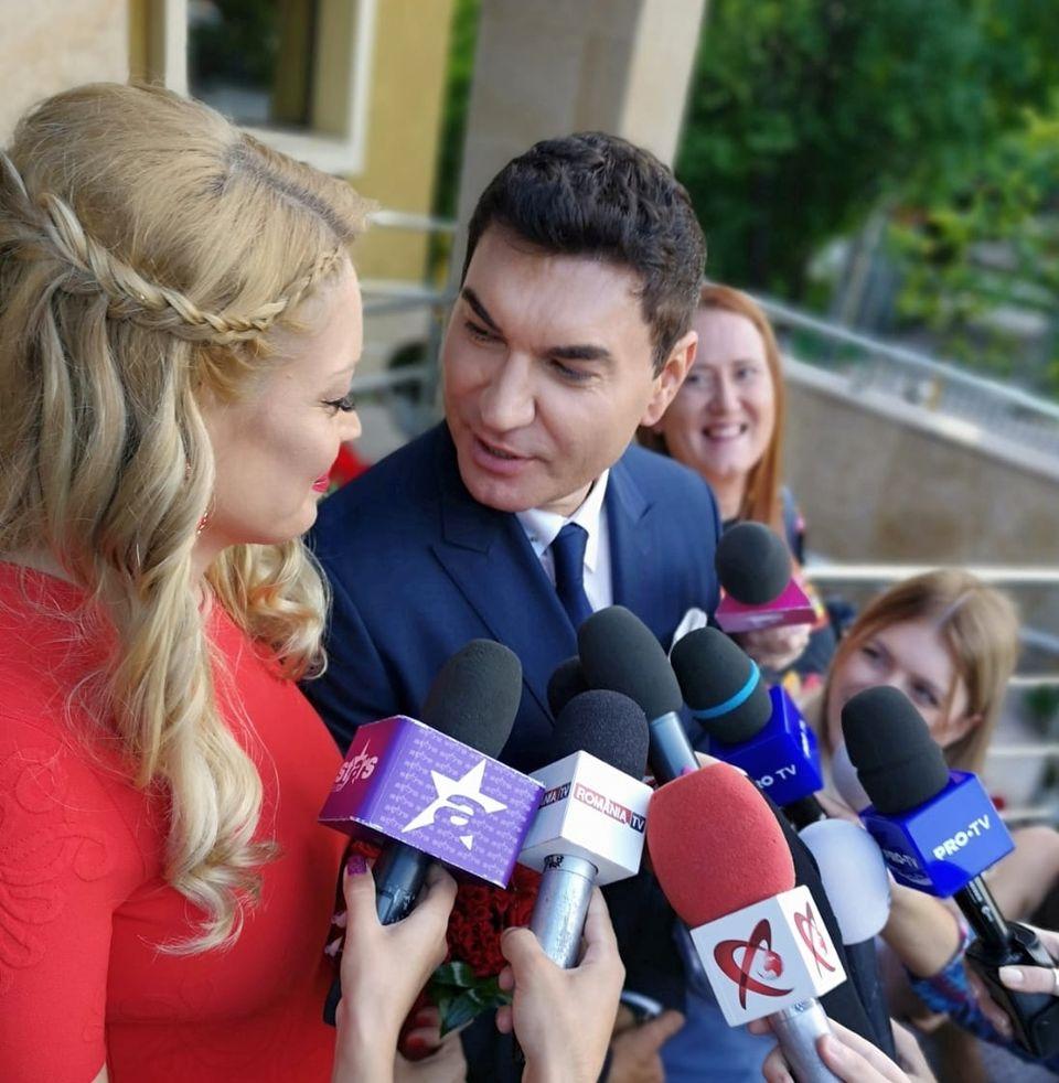 Cristi Borcea si Valentina Pelinel, primele declaratii dupa cununia civila! Unde vor petrece luna de miere