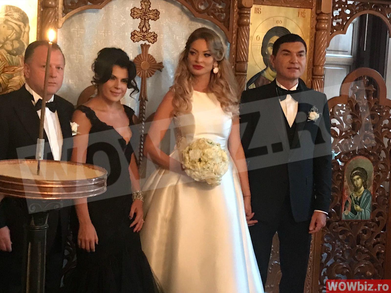 Valentina Pelinel A Plans In Biserica La Nunta Cu Borcea Wowbiz