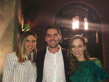"""Simona Halep a petrecut cu Principele Nicolae într-un club din Bucureşti! Simona le-a urat """"Casă de piatră"""" lui Nicolae şi Alinei Binder!"""