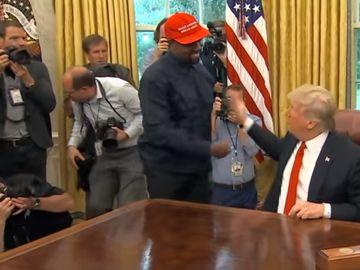 Kanye West, monolog de 10 minute cu înjurături în faţa lui Donald Trump. Reacţia preşedintelui este de nepreţuit