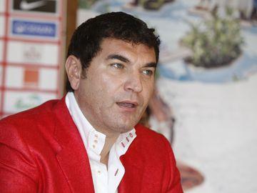 """Cristi Borcea şi-a tăiat venele de nervi că Dinamo a pierdut titlul: """"Era să şi mor. Am spart uşa la vestiar, de mi-am secţionat tendonul"""""""
