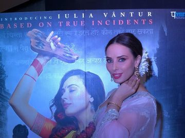 Iulia Vantur debuteaza la Bollywood