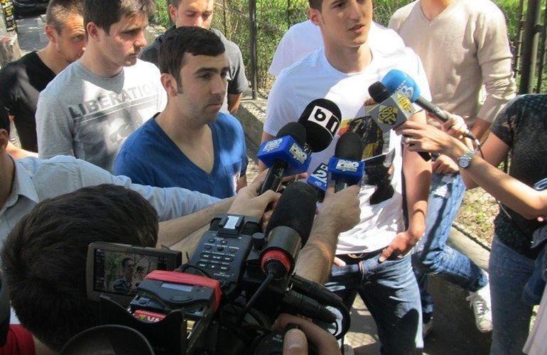 """Iubitul fotbalist al Mariei Constantin s-a bătut cu patronul clubului! Vezi ce spunea Dacian Varga despre conflictul cu Vasile Şiman: """"M-a invitat la bătaie. Ne-am luat la harţă, el mi-a rupt tricoul şi hainele de pe mine!"""