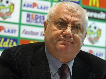 """Prima reacţie a lui Dumitru Dragomir după ce a fost achitat: """"Nu mă bucur! Plâng şi nu mai pot vorbi!"""""""