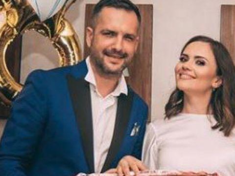 """Cristina Şişcanu şi Mădălin Ionescu, şocaţi de ultimul """"hobby"""" al fetiţei lor. Uite ce face micuţa Petra la doar un an şi jumătate. """"Are o personalitate foarte puternică"""""""