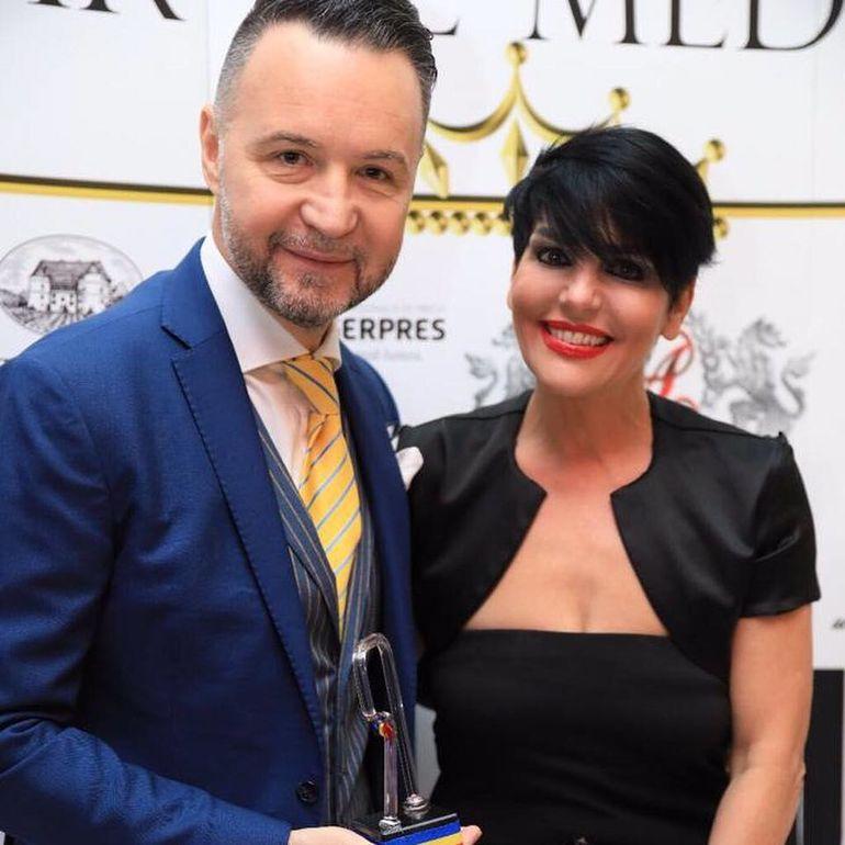 Surpriză! Ce ţinută a ales Nicuşor Stan la Premiile Radar de Media! Toată lumea a fost uimită