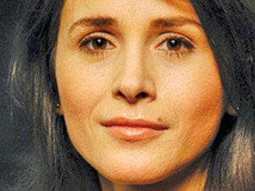 """BOMBĂ! Cu ce cântăreţ român s-ar fi iubit Mădălina Manole înainte de sinucidere? """"Corina Chiriac ar fi asistat accidental la doua scene """"de dragoste"""" dintre Manole şi un coleg de breaslă!"""""""