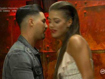 """Surpriză maximă la """"Puterea dragostei"""": None s-a întâlnit cu Roxana! I-a recunoscut că o place!"""