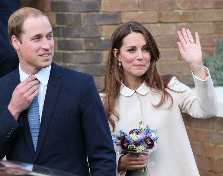 Prinţul William glumeşte pe seama lui Kate! I-a spus de faţă cu toată lumea că s-a îmbrăcat ca un brad