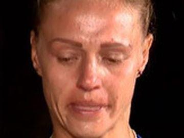 """Exatlon 9 decembrie. Ana Otvoş părăseşte competiţia! Accidentarea la umăr i-a fost fatală: """"Mă doare extrem de tare că nu plec după o luptă dreaptă"""""""