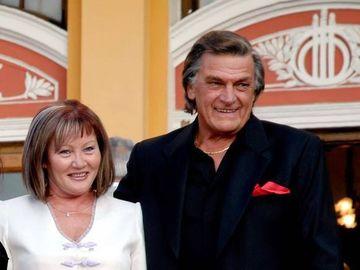 """Florin Piersic şi-a omagiat soţia la aniversarea acesteia: """"Femei sunt multe, nevestele sunt rare"""""""