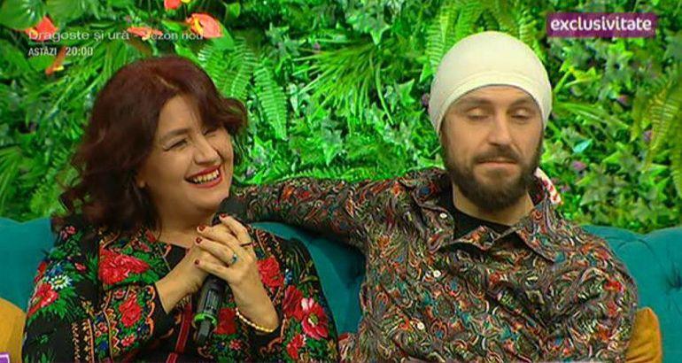 Rona Hartner, cu iubitul la TV! Prima apariţie! Nu a făcut dragoste cu el până acum, se păstrează pentru după nuntă!