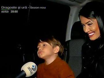 """La plimbare prin Istanbul cu Andreea Mantea şi băieţelul ei! """"M-am îngrăşat"""""""