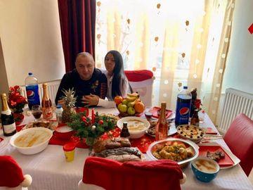 """Festival în casa lui Leo de la Strehaia! Ce s-a întâmplat de Crăciun în locuinţa """"Prinţului Ţiganilor"""""""