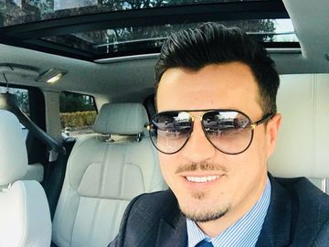 Cum explică iubitul Elenei Udrea afacerile sale de 4 milioane de euro! Adrian Alexandrov, prima declaraţie despre succesul său în imobiliare