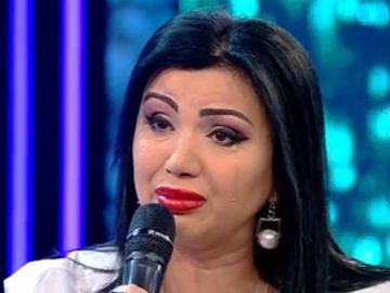 """Adriana Bahmuţeanu, mărturisiri devastatoare! """"Cel mare vrea să sară pe pervazul de la geam că el vrea să moară"""""""