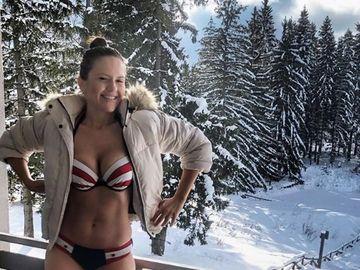 Ce comentariu a primit Cristina Şişcanu de la soţul Gabrielei Cristea, după ce s-a pozat aşa la munte?
