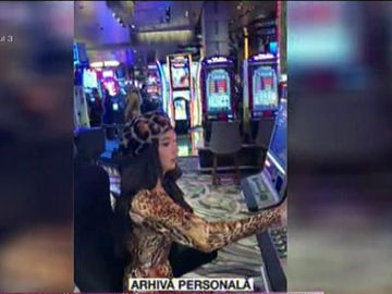 Larisa de la Bravo, ai stil! a pierdut 2.000 de dolari într-o oră la păcănele în Vegas!