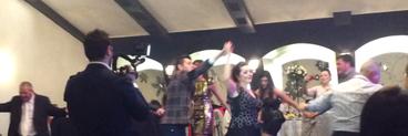 Gigi Becali a fost eclipsat de Rusescu pe ringul de dans! Atacantul stelist a facut spectacol pe ritmuri de muzica macedoneasca