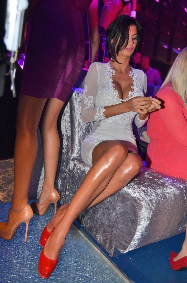 Ii place sa flirteze om cautand femeie martinica