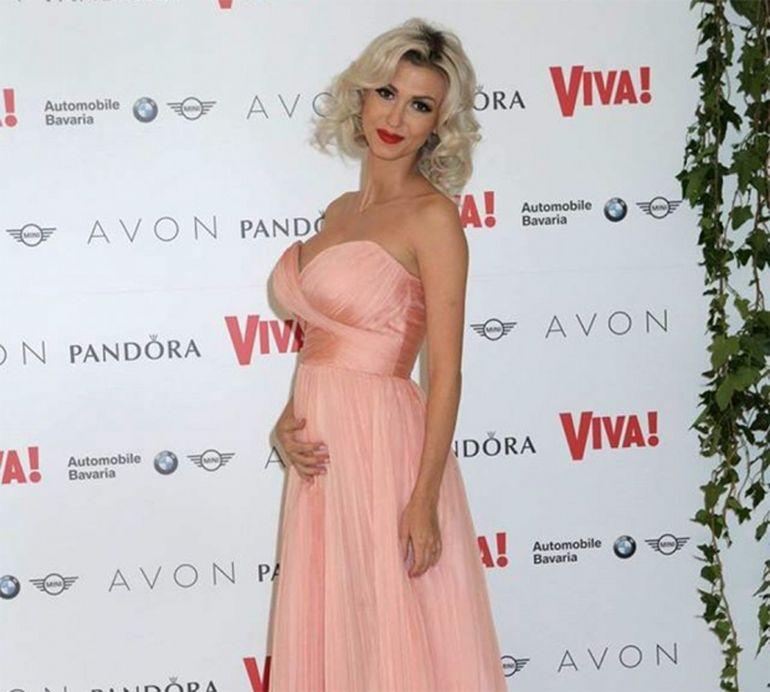 2016, anul gravidutelor sexy! Andreea Banica, Andreea Balan, Alina Puscas, iubita lui Andrei de la