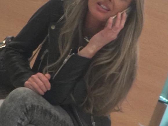Diana Munteanu a descoperit elixirul tineretii! La 38 de ani, blonda se prezinta intr-o forma de zile mari! Video