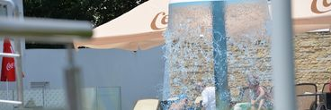 Sorana de la ASIA, show fierbinte pe marginea piscinei! Foto & Video WOW